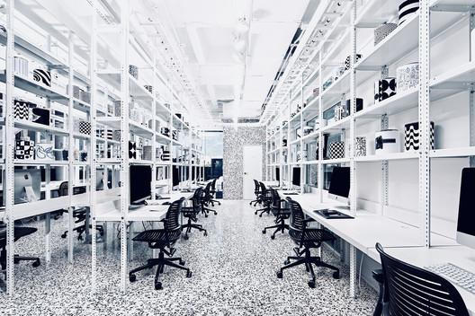 Cadena + Asociados Concept Design Headquarters / Cadena Concept Design