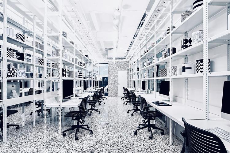 Cadena + Asociados Concept Design Headquarters / Cadena Concept Design, © The Raws
