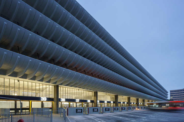 Preston Bus Station Refurbishment / John Puttick Associates, © Gareth Gardner