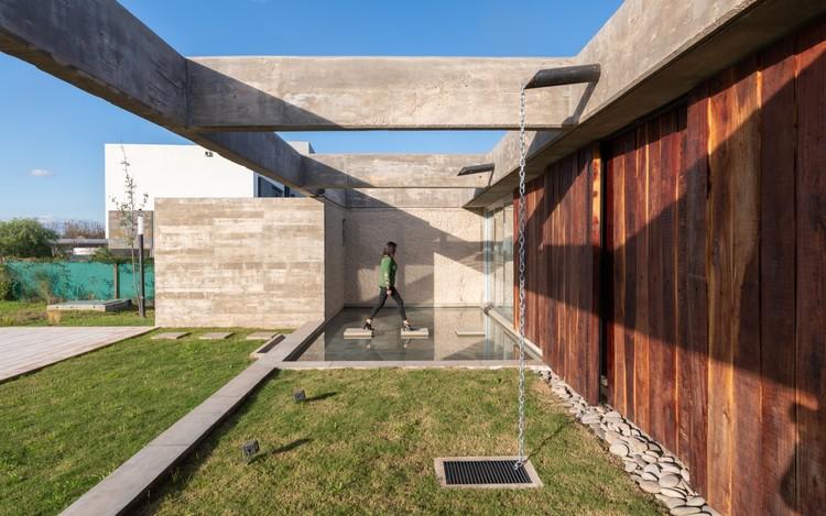 Casa CG / Adolfo Mondejar Estudio de Arquitectos, © Gonzalo Viramonte