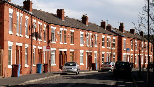 © <a href='https://upload.wikimedia.org/wikipedia/commons/6/64/Edith_Avenue_in_Moss_Side.jpg'>Creative Commons user Manchesterphotos</a> licensed under <a href='https://creativecommons.org/licenses/by-sa/3.0/deed.en/'>CC BY-SA 3.0</a>