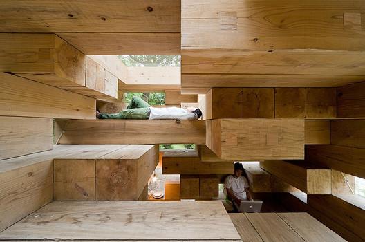 Final Wooden House / Sou Fujimoto. Imagen © Iwan Baan