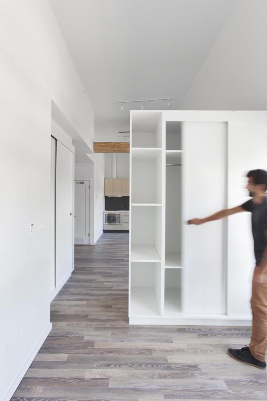 Cambie Apartments / Haeccity Studio Architecture, © Krista Jahnke