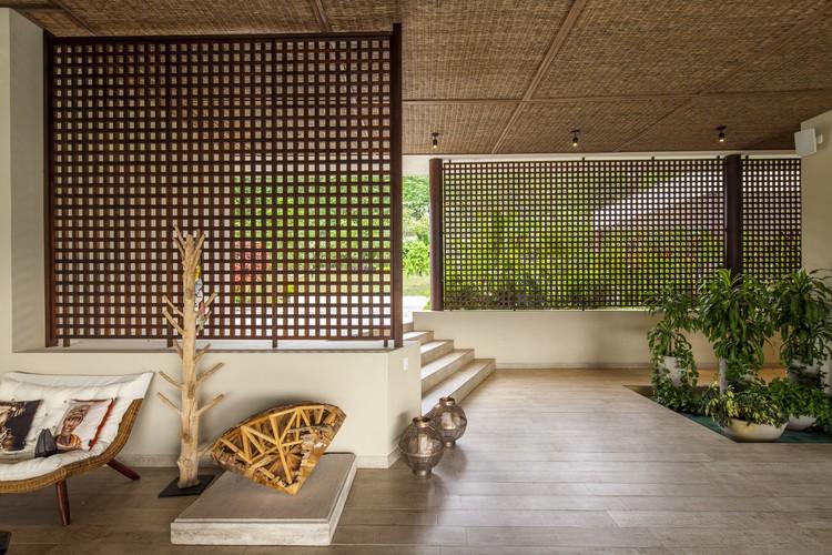 Dos Maderos House / Jaime Rendon Arquitectos, © Sergio Gomez