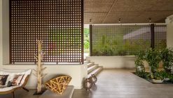 Dos Maderos House / Jaime Rendon Arquitectos