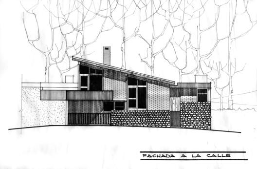Casa Carlos Calisto: fachada. Revista Trama, Edición #135. Image Cortesía de Revista Trama