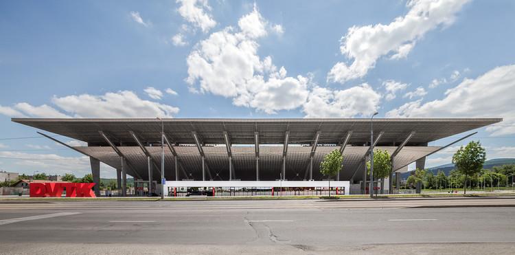 Diósgyőr Stadium / KÖZTI Architects, © Tamás Bujnovszky