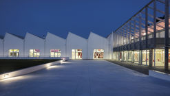 Youth Center architecture and design | ArchDaily