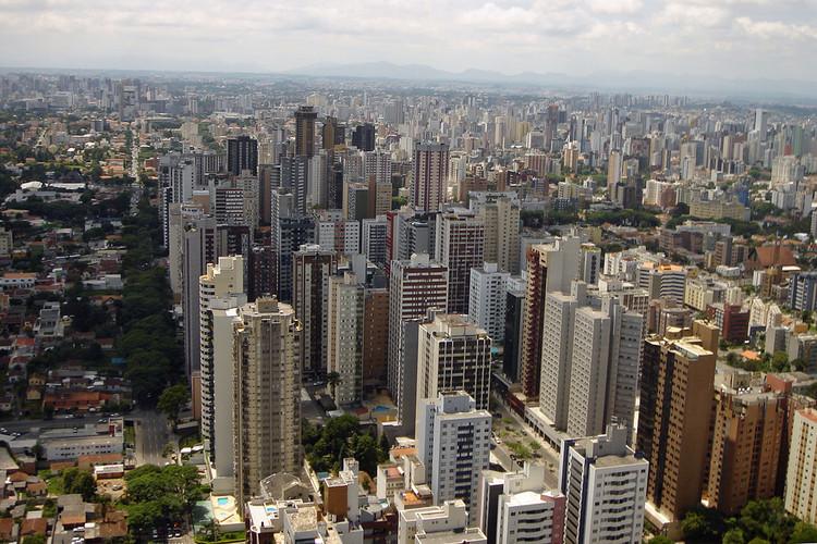 Cidades mais densas são mais resilientes e prósperas, afirma novo relatório, Mudanças em fatores demográficos, econômicos e tecnológicos irão aumentar a necessidade da densidade nas cidades. Image © mariordo59, via Flickr. Licença CC BY-SA 2.0