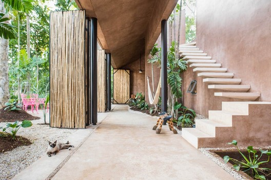 Edificio Pórtico Palmeto / TACO taller de arquitectura contextual. Image © Leo Espinosa