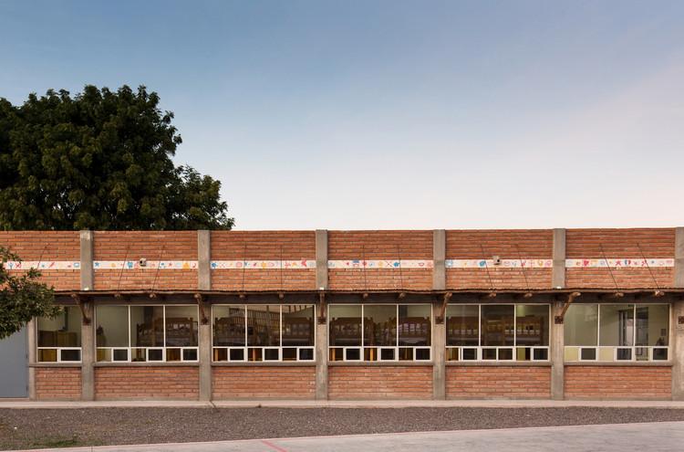 Casa del Niño Indígena / Tabb Architecture. Image © Juan Luis Fernández