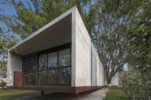 Casa del Abuelo / Taller DIEZ 05. Image © Luis Gordoa