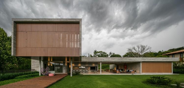 Casa PLM / Luiz Paulo Andrade Arquitetos, © Nelson Kon