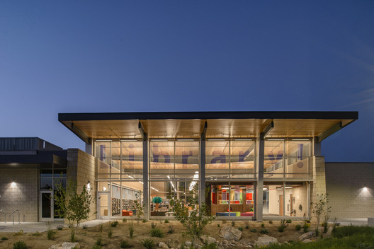 Library! at Bown Crossing / FFA Architecture and Interiors