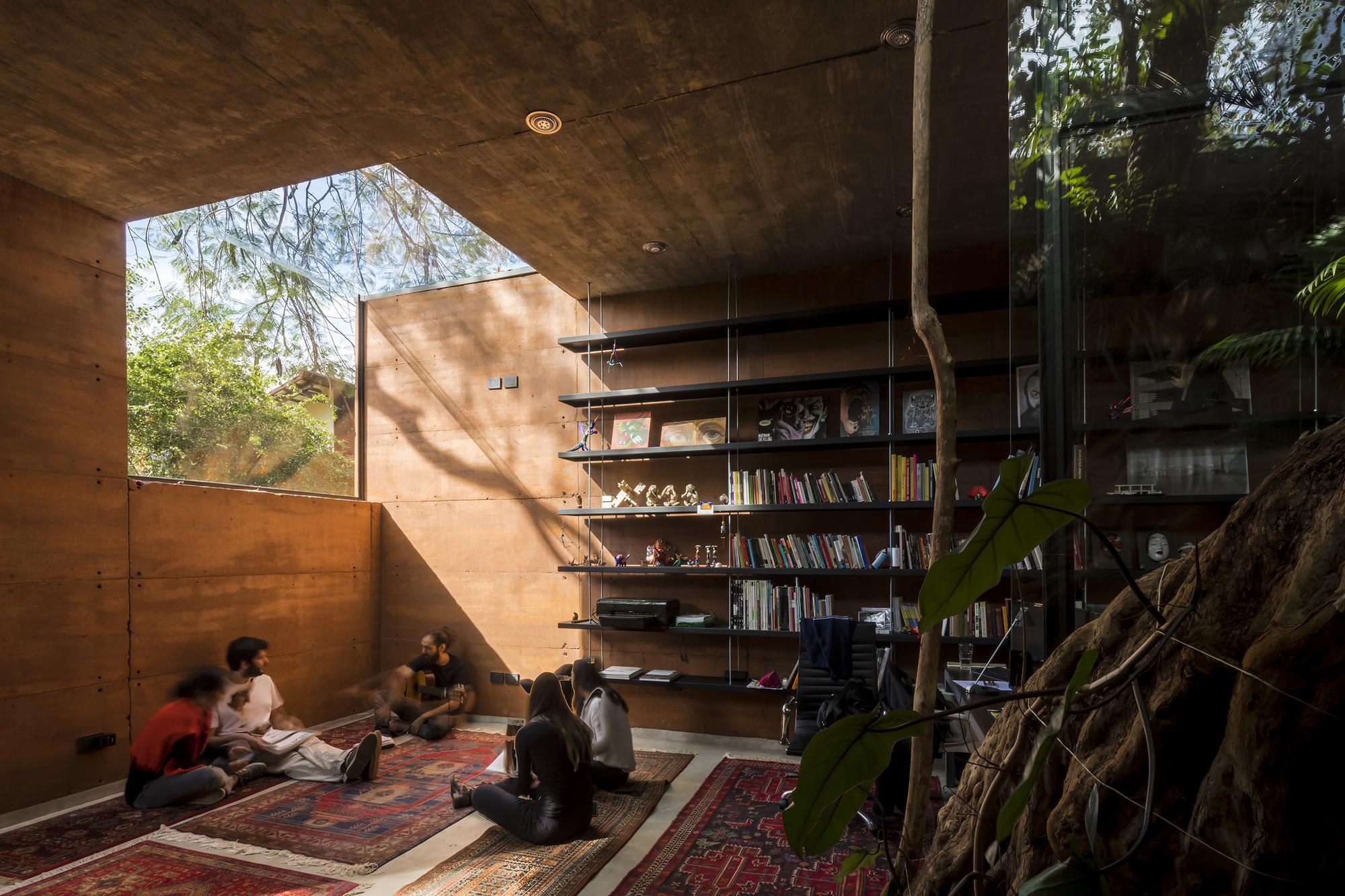 Caja de Tierra / Equipo de Arquitectura