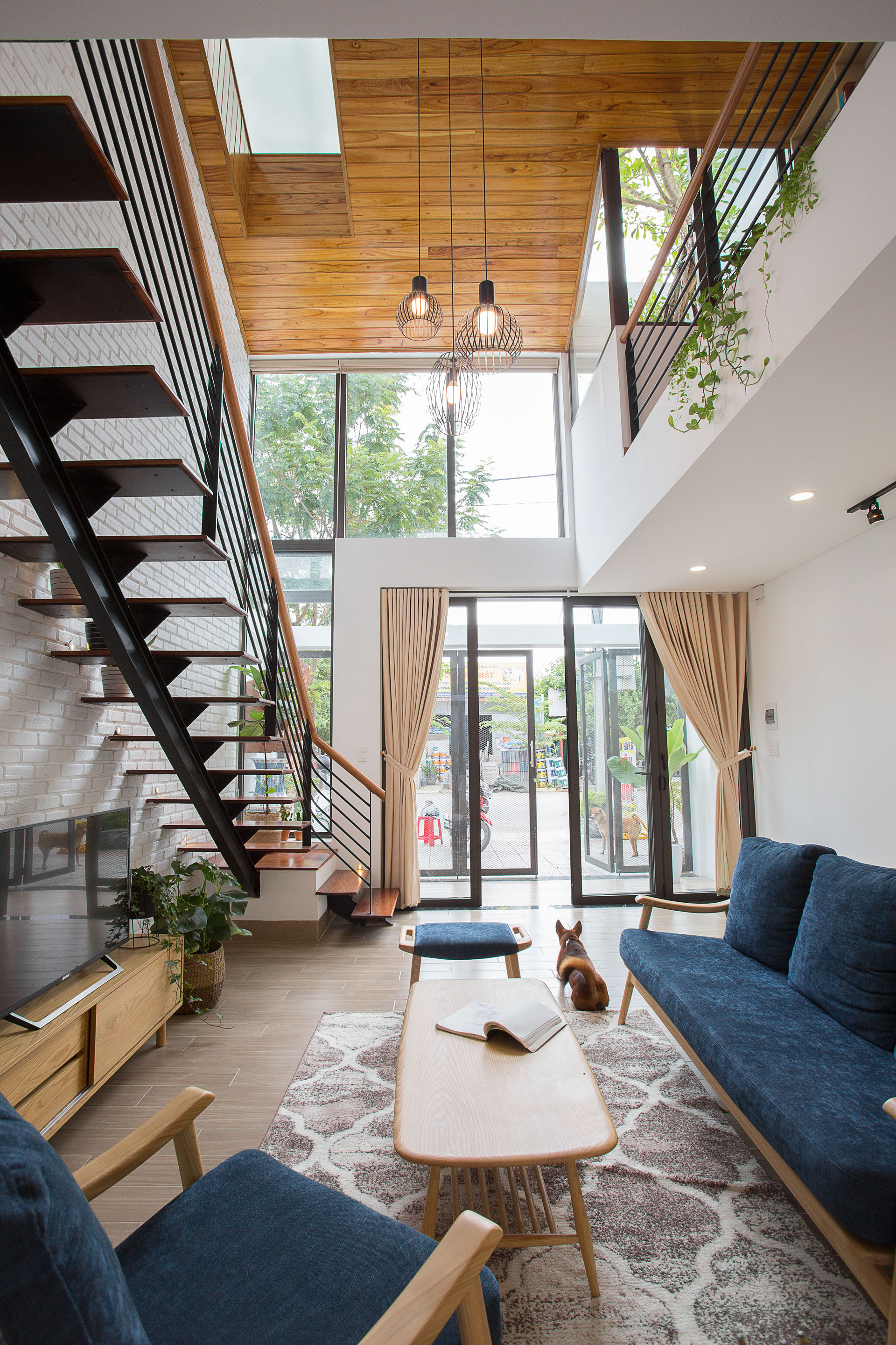 Gallery of Minimalist House / 85 Design - 5