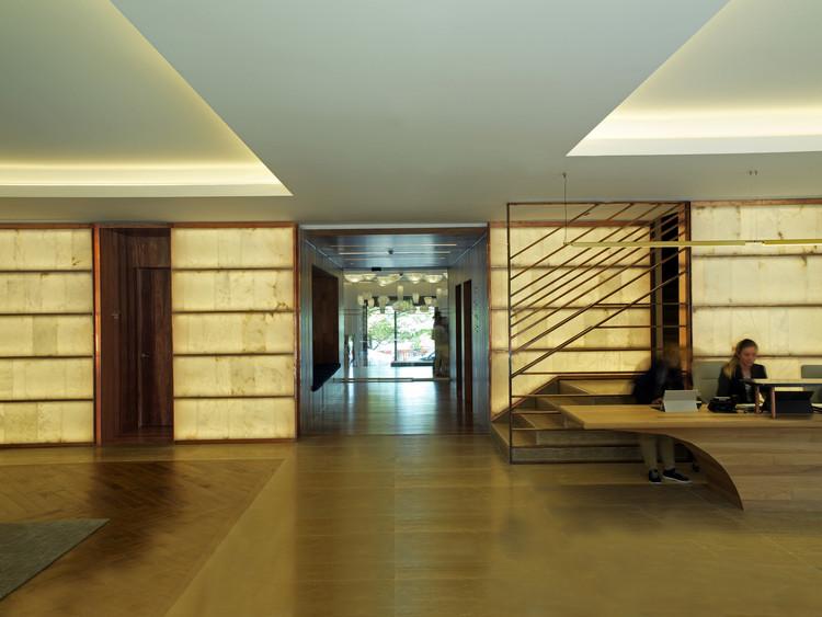 Lasala Plaza Hotel / zU-studio architecture + Joaquin Zubiria arquitectura, © Hugo Iglesias