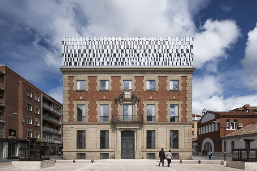 Refurbishment of the Justice Palace of Palencia  / Aranguren&Gallegos Arquitectos