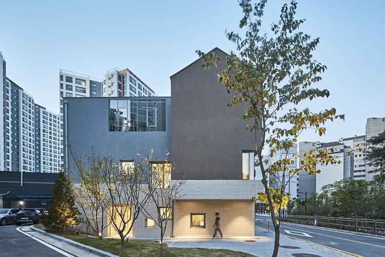 Maebong Daycare Center  / Daniel Valle Architects, © Lee Namsun