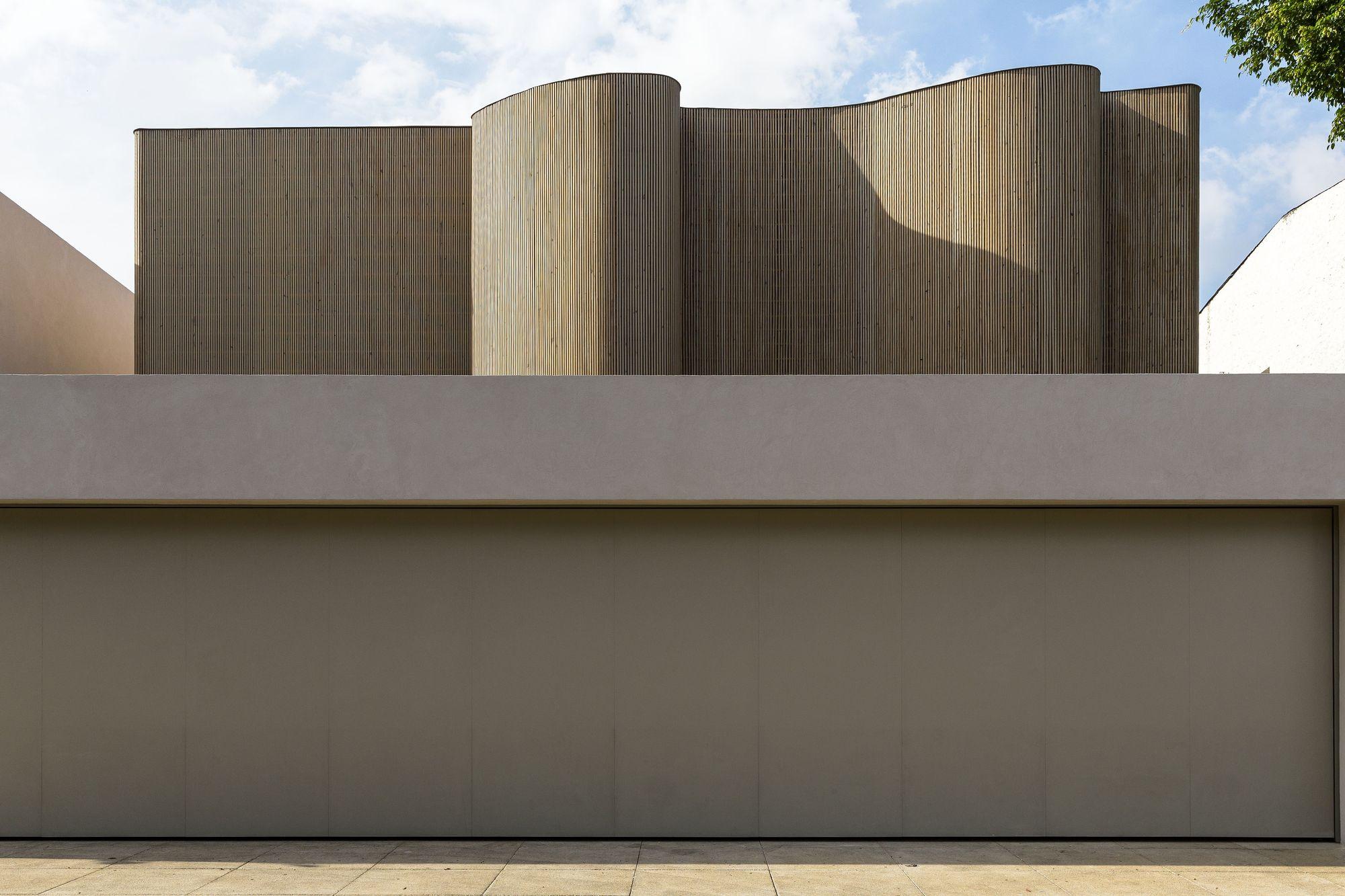 DS House / Studio Arthur Casas
