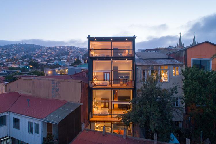 San Enrique 577 Hotel / Fantuzzi + Rodillo Arquitectos, © Pablo Blanco
