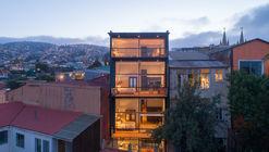 Hotel San Enrique 577 / Fantuzzi + Rodillo Arquitectos
