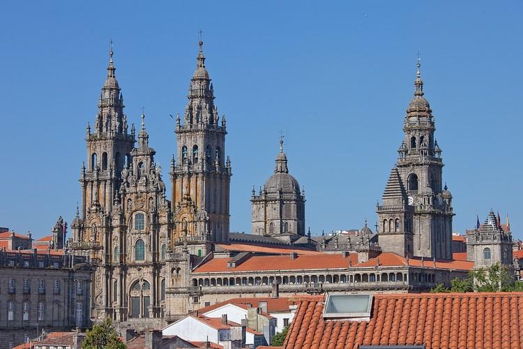Catedral de Santiago de Compostela. © Luis Miguel Bugallo Sánchez, vía Wikimedia. Licencia CC BY-SA 3.0