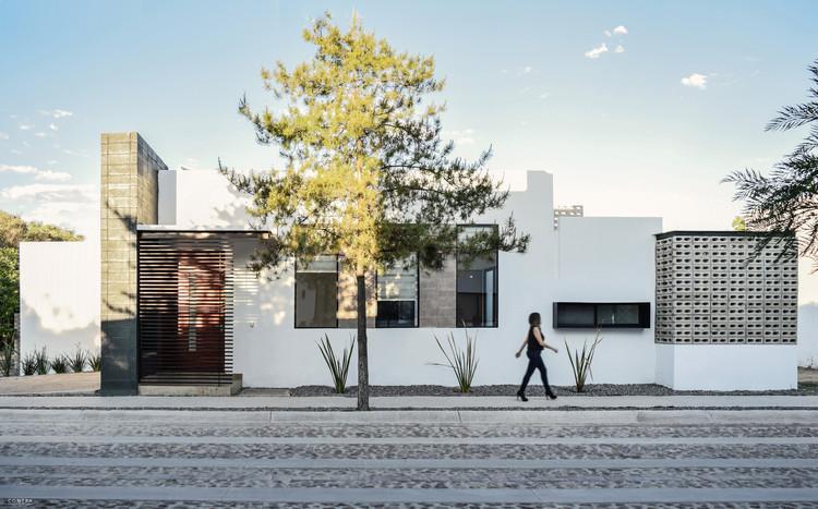 Casa Landgrave / LTd  Arquitectura & Interiorismo, © Paulina Ojeda / CONTRA Taller de Diseño