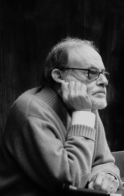 Sérgio Ferro: ensino, crítica e artes plásticas, <a href='https://www.flickr.com/photos/ilkapoc/8036680794/in/album-72157626415138782/'>© via Flickr Ilka Apocalypse </a>