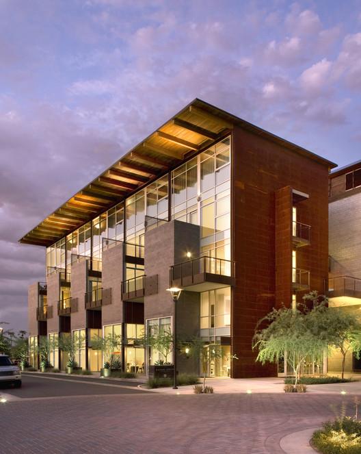 Safari Drive Condominiums / The Miller Hull Partnership
