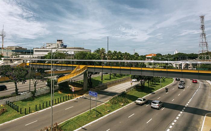 Arquitetura Paulistana #58: Passarela do Aeroporto de Congonhas / Estúdio Artigas + H2C Arquitetura, Passarela do Aeroporto de Congonhas. Cortesia de Arquitetura Paulistana