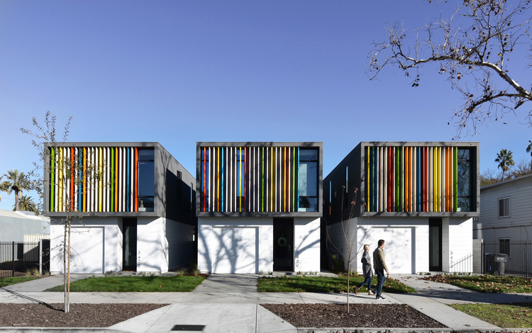 Oak Park Housing / Johnsen Schmaling Architects, © John J. Macaulay