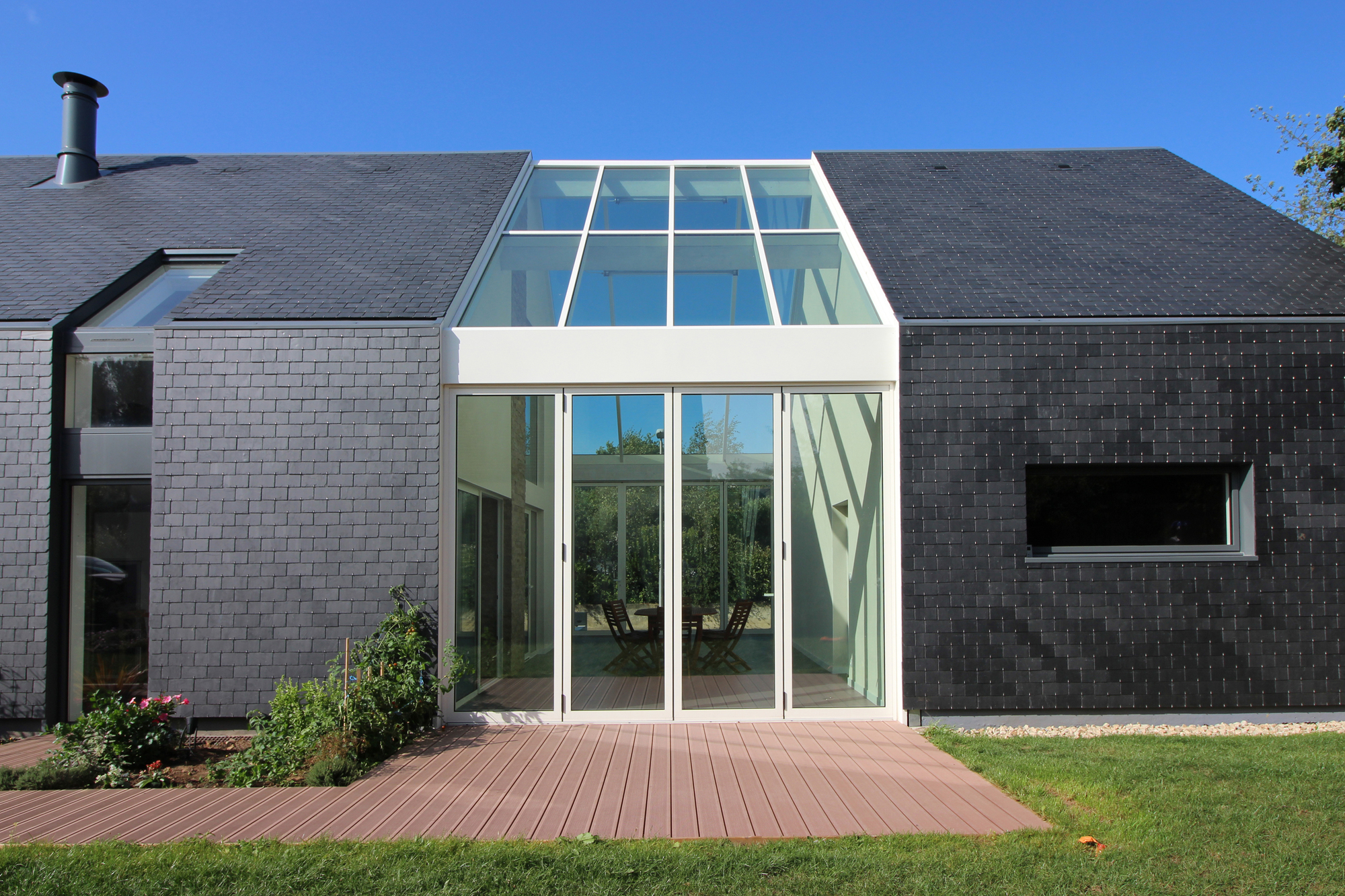 Galería de Casa Bioclimática Longère / J Guillo Architecte - 1