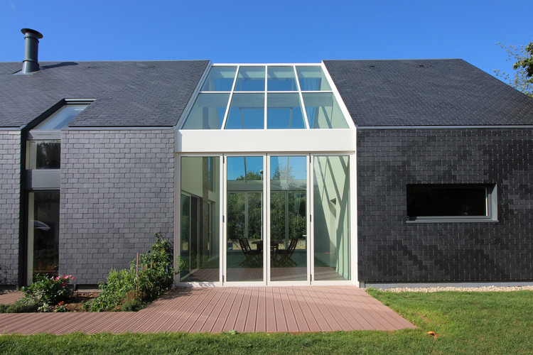 Bioclimatic 'Longère' House / INDY ARCHITECTES, Courtesy of INDY ARCHITECTES