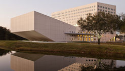 FIU School of International and Public Affairs / Arquitectonica