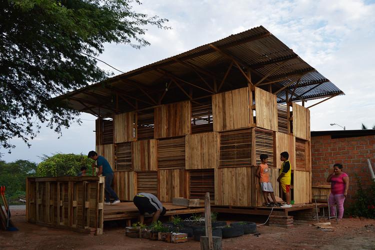 Como projetar uma estrutura temporária de emergência, Proyecto Chacras / Natura Futura Arquitectura + Colectivo Cronopios. Image Cortesía de Eduardo Cruz y Natura Futura