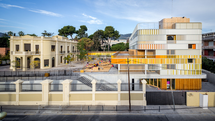 Lycée Français Maternelle in Barcelona / b720 Fermín Vázquez Arquitectos, © Simón García