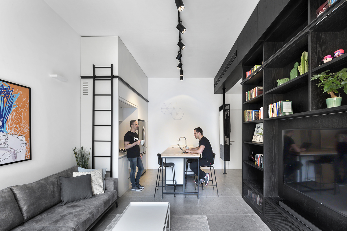 Men in Black / XS Studio for compact design