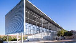 Cubrición, reforma y urbanización del Frontón de Astrain, Cendea de Cizur / azpilicueta arquitectura