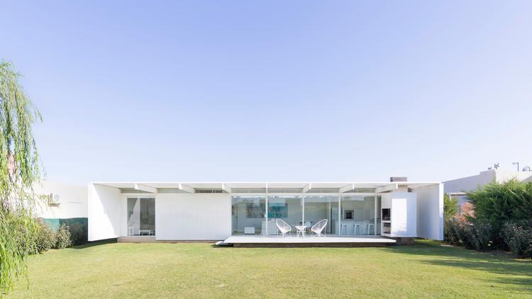 House in El Maitén / bernardo rosello - arquitectura, © Ramiro Sosa