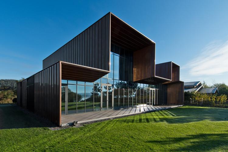 Family House in Kaunas / Architectural Bureau G.Natkevicius & Partners, © Leonas Garbačiauskas