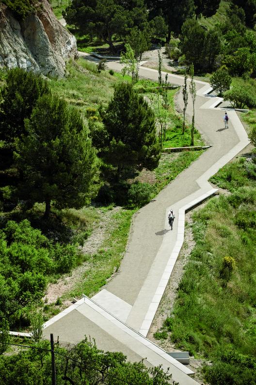 Camino Mirador en las Antiguas Minas de Yeso / Batlle i Roig Arquitectura, © Jordi Surroca