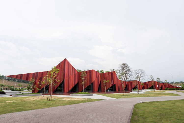 Red Hill Gallery / MOA Architects + Formzero | ArchDaily