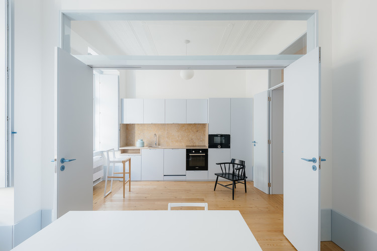 3 Apartamentos Pombalinos / Aurora Arquitectos, © do mal o menos
