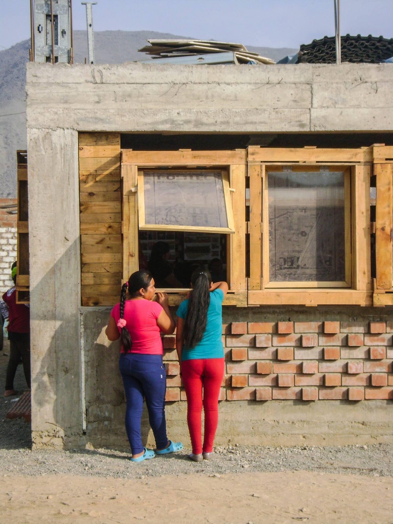 Centro Comunitario Nuevo Amanecer: del taller universitario a una comunidad en Chosica, Perú