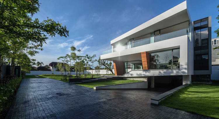 Waterfall House Architects49 House Design Limited Archdaily