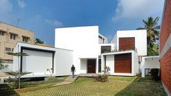 Una casa de pequeñas charlas / WARP architects