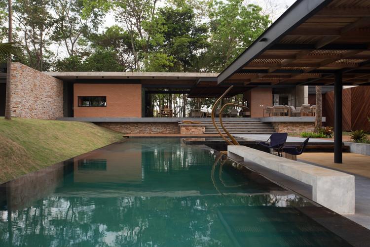 Casa H&A / Costaveras Arquitetos, © Nicola Labate