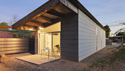 Water Street / Rob Paulus Architects