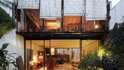 Casa Clara / Tovo Sarmiento arquitectos